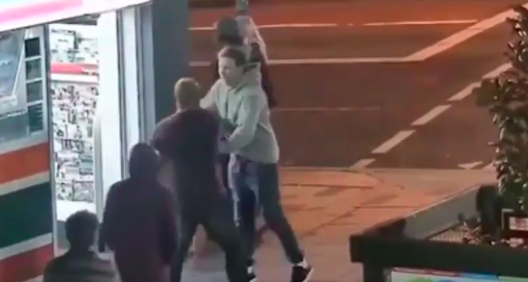 MMA Saves Man's Life in a Street Fight