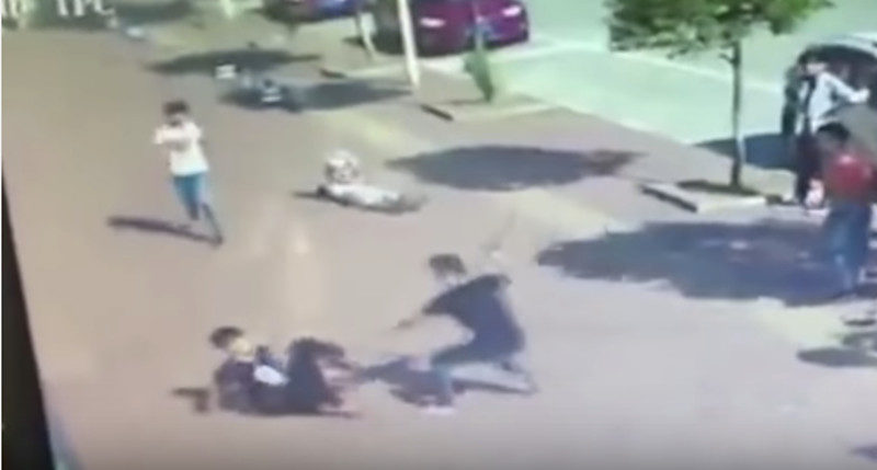 Kung Fu vs Machete street fight: How to defend yourself in such situations